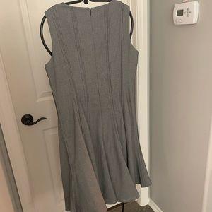 Ellen Tracy Dresses - Ellen Tracy Pleated Dress